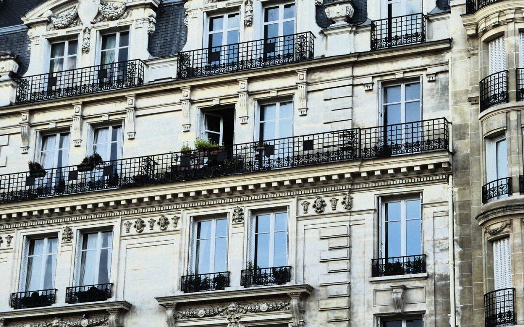 Style haussmannien : 9 caractéristiques des appartements parisiens de style haussmannien