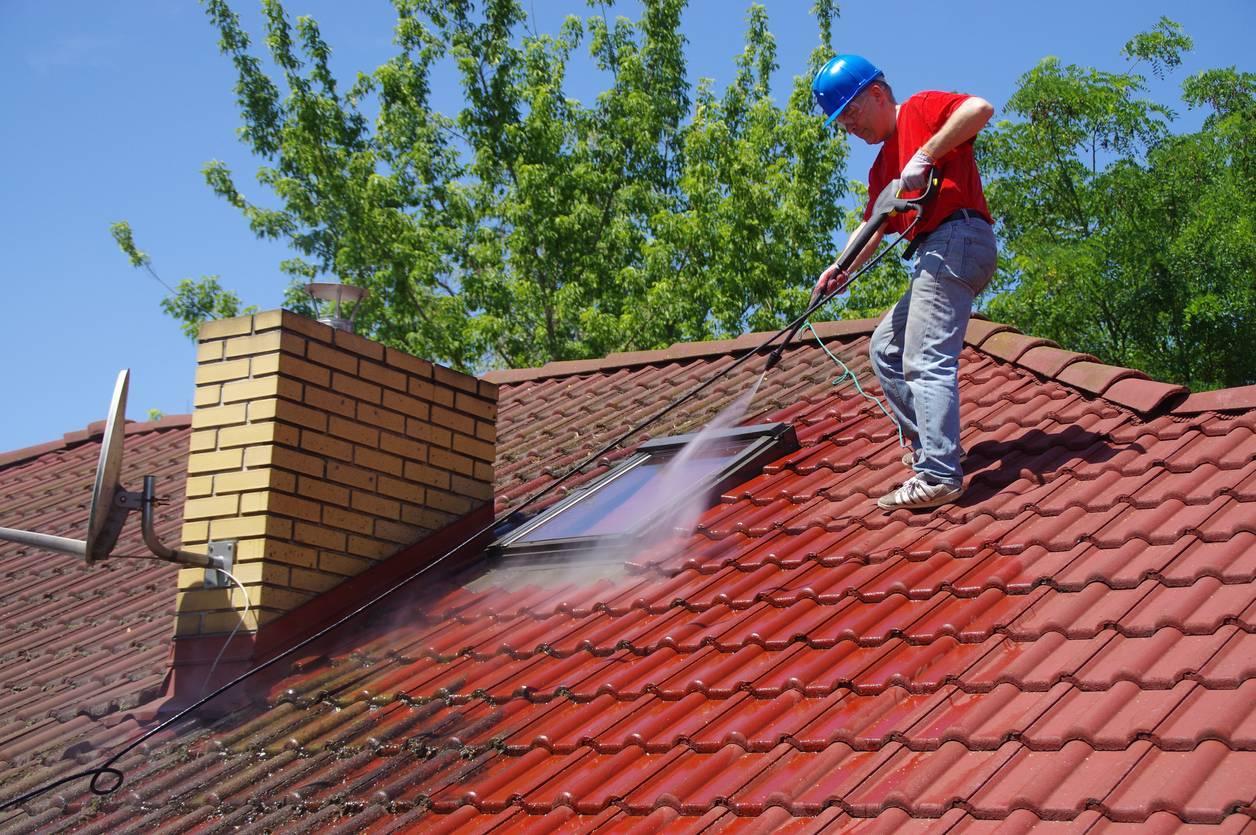 équipements nettoyage toiture
